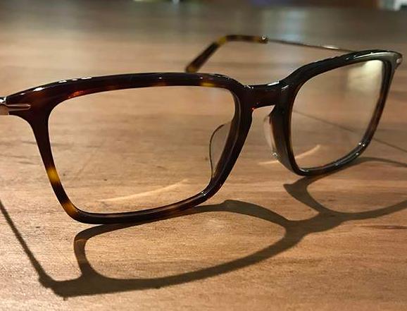 开眼镜加盟店需要准确的定位