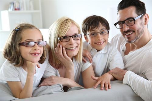 如何選擇眼鏡店的加盟?