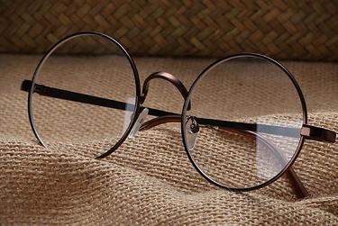 新手在眼镜加盟的时要知道哪些要点